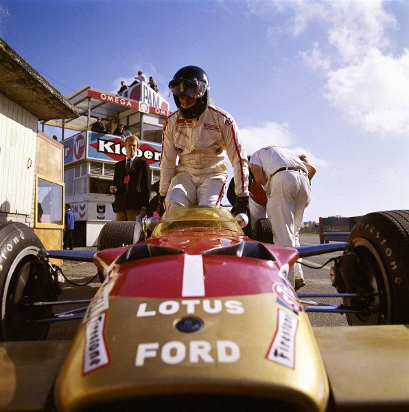 Graham Hill, Lotus 63 Ford.