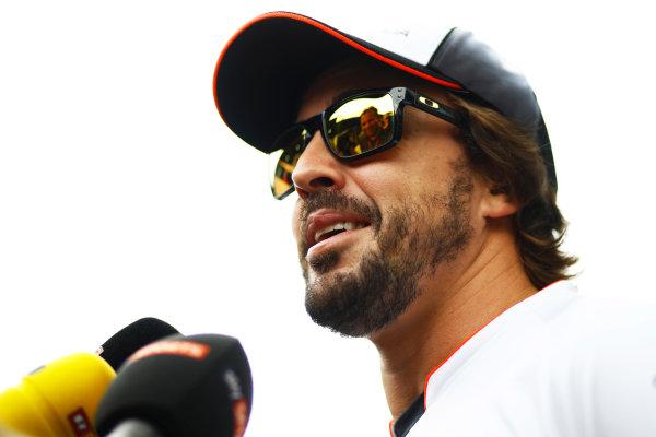 Sepang International Circuit, Sepang, Malaysia. Thursday 29 September 2016. Fernando Alonso, McLaren. World Copyright: Steven Tee/LAT Photographic ref: Digital Image _O3I9485