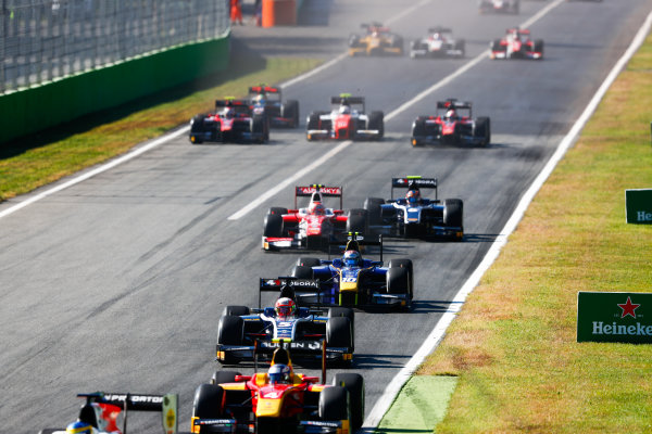 Autodromo Nazionale di Monza, Italy. Sunday 3 September 2017 Luca Ghiotto (ITA, RUSSIAN TIME). leads Nicholas Latifi (CAN, DAMS).  Photo: Bloxham/FIA Formula 2 ref: Digital Image _W6I4581
