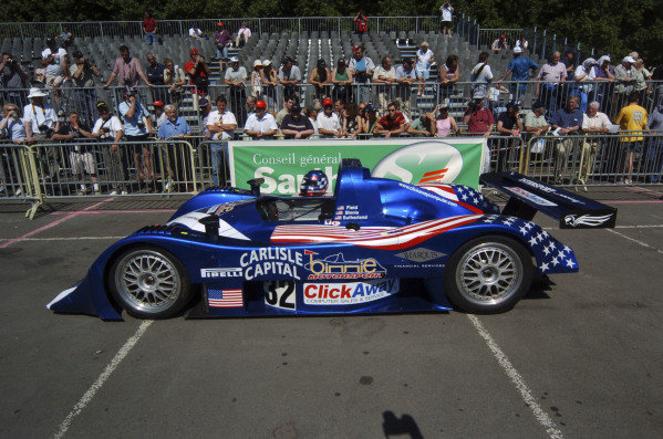 2004 Le Mans 24 HoursLe Mans, France. 7th June 2004The Lola-Judd B2/40 of William Binnie, Clint Field and Rick Sutherland, arrives at the circuit.World Copyright: John Brooks/LAT Photographicref: Digital Image Only