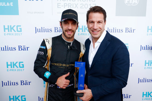 2017/2018 FIA Formula E Championship. Round 1 - Hong Kong, China. Saturday 02 December 2017. Jean Eric Vergne (FRA), TECHEETAH, Renault Z.E. 17, is presented with the Pole Position award. Photo: Sam Bloxham/LAT/Formula E ref: Digital Image _J6I4456