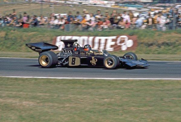 1972 British Grand Prix.Brands Hatch, England.13-15 July 1972.Emerson Fittipaldi (Lotus 72D Ford) 1st position.World Copyright - LAT PhotographicRef: 72 GB 39