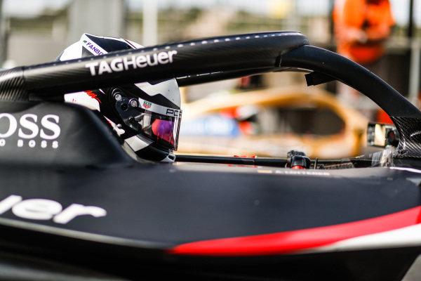 Andre Lotterer (DEU), Tag Heuer Porsche, Porsche 99x Electric, side by side with Jean-Eric Vergne (FRA), DS Techeetah, DS E-Tense FE20