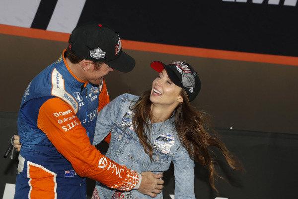 Champion Scott Dixon, Chip Ganassi Racing Honda, wife Emma