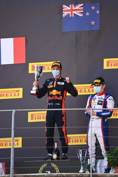 Liam Lawson (NZL, HITECH GRAND PRIX) and David Beckmann (DEU, TRIDENT) celebrate on the podium