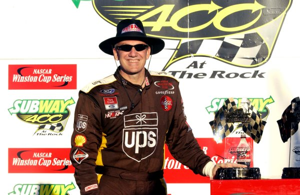 2003 NASCAR-Rockingham,NC, Subway 400,Feb 21-23 2003Dale JarrettWorld Copyright -Robt LeSieur 2003LAT Photographic-ref: digital image