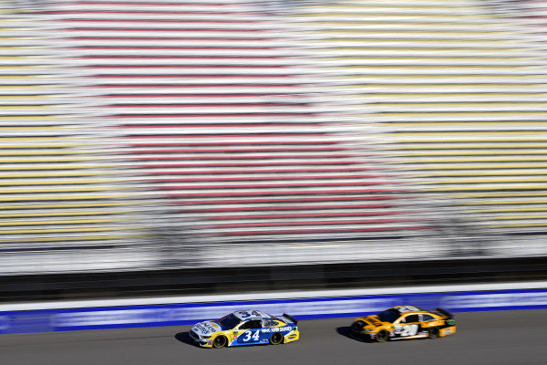 #34: Michael McDowell, Front Row Motorsports, Ford Mustang Long John Silver's and #20: Erik Jones, Joe Gibbs Racing, Toyota Camry DeWalt