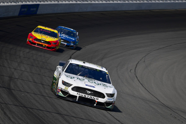 #14: Clint Bowyer, Stewart-Haas Racing, Ford Mustang One Cure, #22: Joey Logano, Team Penske, Ford Mustang Shell Pennzoil, #10: Aric Almirola, Stewart-Haas Racing, Ford Mustang 3D Systems