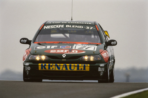 Tommy Rustad, Blend 37 Williams Renault, Renault Laguna.