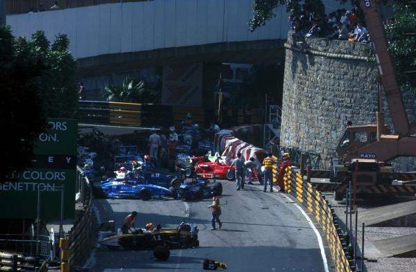 The first lap crash that claimed the majority of the drivers.46th Macau Formula Three Grand Prix, Macau, Hong Kong, 21 November 1999