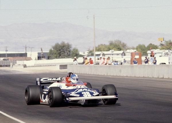 1981 Caesars Palace Grand Prix.Las Vegas, Nevada, USA.15-17 October 1981.Derek Warwick (Toleman TG181 Hart).Ref-81 LV 35.World Copyright - LAT Photographic