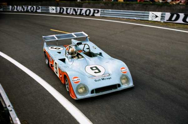 Le Mans, France. 9-10 June 1973 Mike Hailwood/Vern Schuppan/John Watson (Mirage M6-Ford Cosworth), retired, action. World Copyright: LAT PhotographicRef: 73LM20