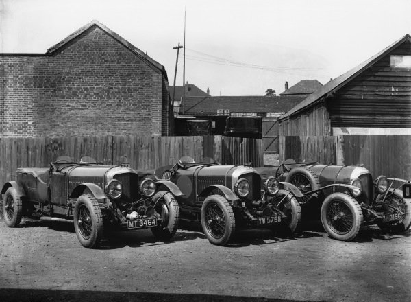 These are all Bentley works team cars; l to r:Old No 1 Speed Six and two 4 5 litre cars - the one on the right was the first, effectively a 3/4 5.World Copyright: LAT Photographic.Ref:  Autocar Glass Plate Red 5749.