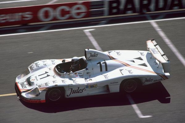 Le Mans, France. 13th - 14th June 1981.Jacky Ickx/Derek Bell (Porsche 936/81), 1st position, action. World Copyright: LAT Photographic.Ref:  81LM08.