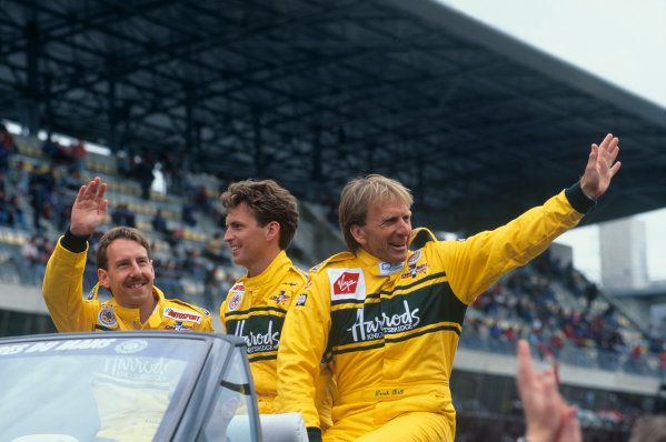 Le Mans, France. 17th - 18th June 1995.  Andy Wallace/Derek Bell/Justin Bell (McLaren F1 GTR), 3rd position, drivers parade before the race, portrait.  World Copyright: LAT Photographic. Ref:  95LM17.