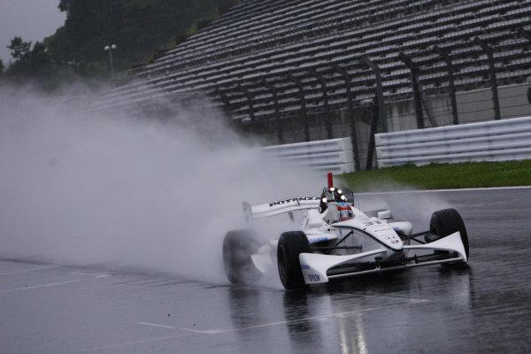 Rd4 - Fuji, Japan. 28th June 2009.Winner Loic Duval ( #31 NAKAJIMA RACING ) action.World Copyright: Yasushi Ishihara/LAT Photographicref: Digital Image 2009FN_Rd4_008
