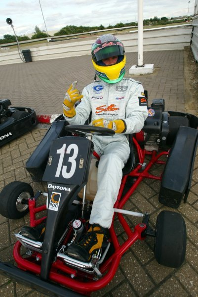 Alan Van Der Merwe (RSA) Carlin Motorsport took pole position and set fastest lap, but a rare late race error saw him spinning from the lead into third position by the finish.  Sutton Motorsport Images Annual Karting Grand Prix; Daytona International Raceway, Milton Keynes, England, 24 July 2003.DIGITAL IMAGE