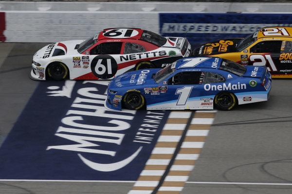 #61: Kaz Grala, Fury Race Cars LLC, Ford Mustang NETTTS #1: Elliott Sadler, JR Motorsports, Chevrolet Camaro Chevrolet OneMain Financial