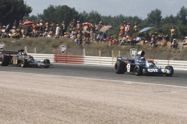 1973 French Grand Prix.  Paul Ricard, Le Castellet, France. 29th June - 1st July 1973.  An oversteering Jackie Stewart, Tyrrell 006 Ford, leads an understeering Emerson Fittipaldi, Lotus 72E Ford.  Ref: 73FRA29. World Copyright: LAT Photographic