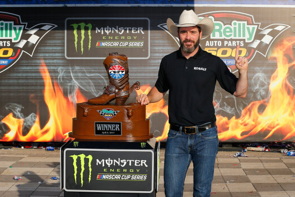 2017 Monster Energy NASCAR Cup Series O'Reilly Auto Parts 500 Texas Motor Speedway, Fort Worth, TX USA Sunday 9 April 2017 Jimmie Johnson celebrates in victory lane  World Copyright: Russell LaBounty/LAT Images ref: Digital Image 17TEX1rl_5519