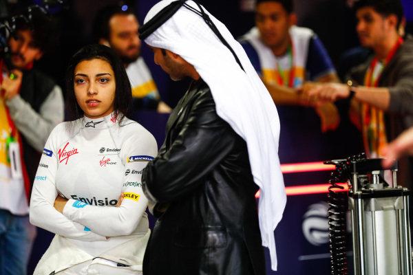 Amna Al Qubaisi (UAE), Envision Virgin Racing in the garage
