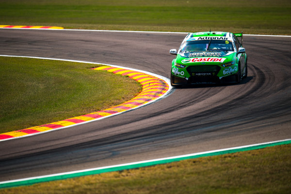 2017 Supercars Championship Round 6.  Darwin Triple Crown, Hidden Valley Raceway, Northern Territory, Australia. Friday June 16th to Sunday June 18th 2017. Mark Winterbottom drives the #5 The Bottle-O Racing Ford Falcon FGX. World Copyright: Daniel Kalisz/LAT Images Ref: Digital Image 160617_VASCR6_DKIMG_0255.JPG