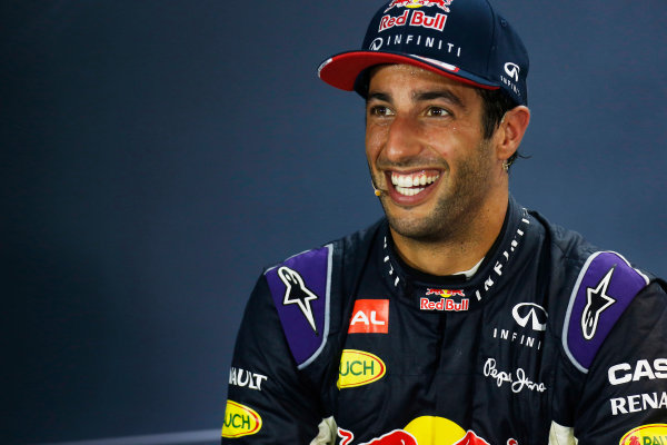 Marina Bay Circuit, Singapore. Sunday 20 September 2015. Daniel Ricciardo, Red Bull Racing, 2nd Position, in the Press Conference. World Copyright: Alastair Staley/LAT Photographic ref: Digital Image _R6T7481
