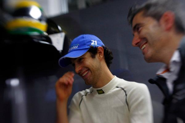 Suzuka Circuit, Suzuka, Japan.9th October 2010.Bruno Senna, HRT F1 F110-02. Portrait. World Copyright:Charles Coates/LAT Photographicref: Digital Image _26Y8290