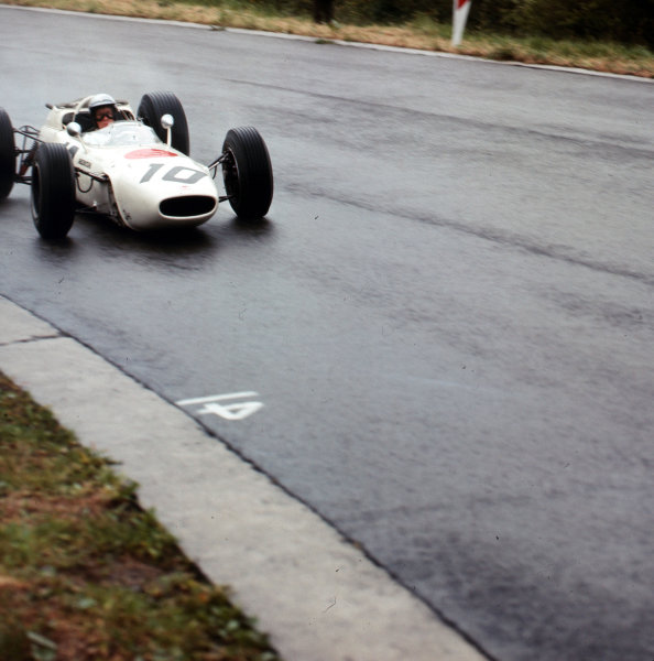 Spa-Francorchamps, Belgium.11-13 June 1965.Richie Ginther (Honda RA272) 6th position.Ref-3/1698.World Copyright - LAT Photographic