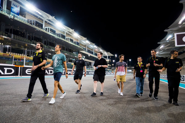 2017 FIA Formula 2 Round 11. Yas Marina Circuit, Abu Dhabi, United Arab Emirates. Thursday 23 November 2017. Alex Palou (JPN, Campos Racing). & Lando Norris (GBR, Campos Racing).  Photo: Sam Bloxham/FIA Formula 2. ref: Digital Image _W6I1795