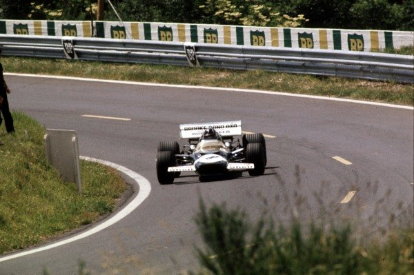 1970 French Grand Prix.Clermont-Ferrand, France.3-5 July 1970.Graham Hill (Lotus 49C Ford) 10th position.Ref-70 FRA 31.World Copyright - LAT Photographic