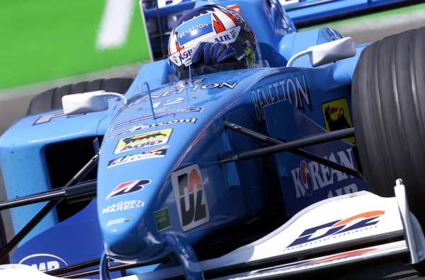 2000 French Grand Prix.Magny-Cours, France. 30/6-2/7 2000.Alexander Wurz (Benetton B200 Playlife).World Copyright - LAT Photographic