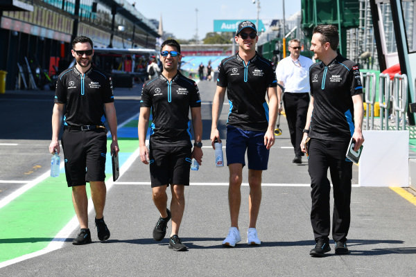 Nicholas Latifi, Williams Racing walks the track with members of his team