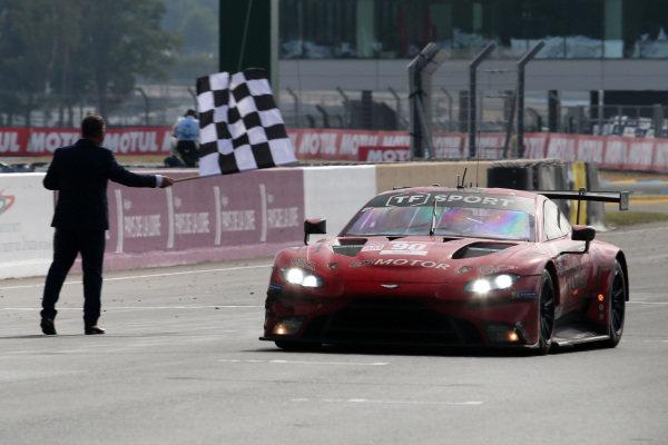 #90 TF Sport Aston Martin Vantage AMR: Salih Yoluc / Charles Eastwood / Jonathan Adam