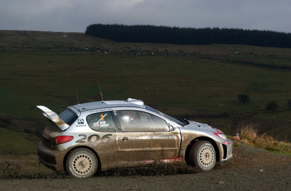 2002 World Rally Championship.Network Q Rally of Great Britain, Cardiff. November 14-17. Richard Burns in action on Stage 10, Halfway 1.Photo: Ralph Hardwick/LAT