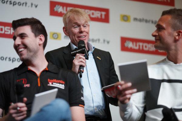 Presenter Alan Hyde interviews the BTCC drivers on the Autosport stage