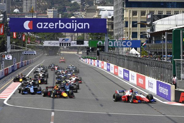 Robert Shwartzman (RUS, Prema Racing), Jehan Daruvala (IND, Carlin) and Guanyu Zhou (CHN, Uni-Virtuosi Racing)