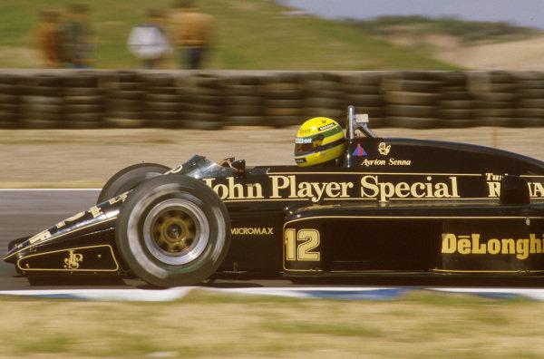 Jerez, Spain.11-13 April 1986.Ayrton Senna (Lotus 98T Renault) 1st position.Ref-86 ESP 18.World Copyright - LAT Photographic
