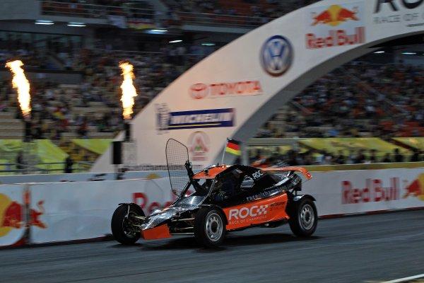 Rajamangala Stadium, Bangkok, Thailand 13th - 16th December 2012 Sebastian Vettel takes victory World Copyright: IMP (USAGE FREE FOR EDITORIAL PURPOSES ONLY)