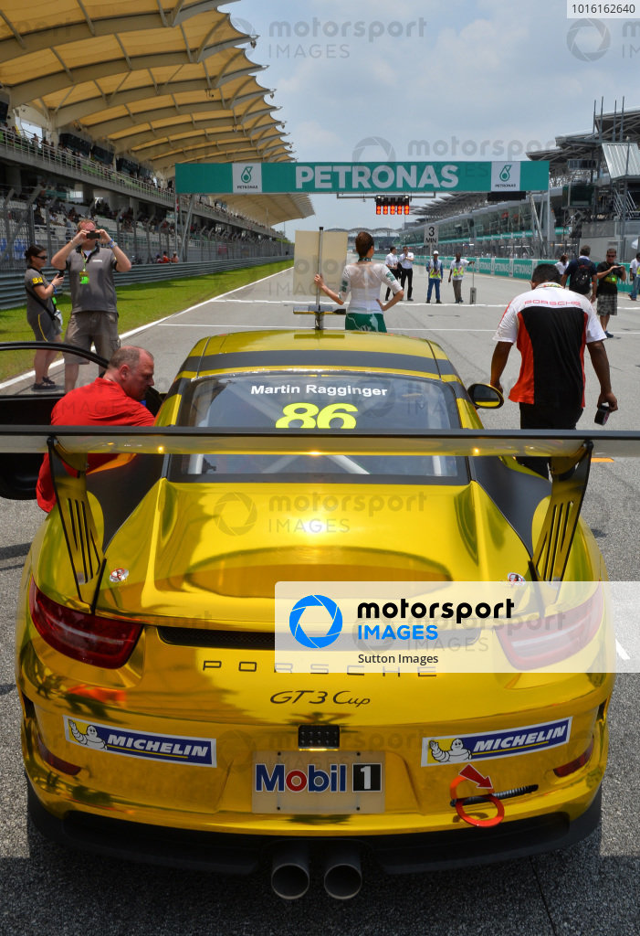 Martin Ragginger (AUT) Team Porsche Holding on the grid. Porsche Carrera Cup Asia, Sepang, Malaysia, 28-30 March 2014.