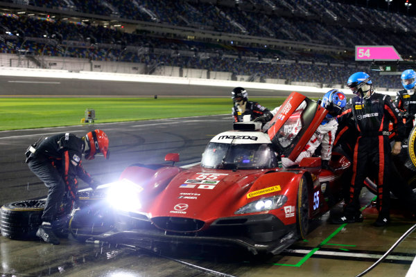 2017 Rolex 24 Hours. Daytona, Florida, USA Sunday 29 January 2017. Pit stop, #70 Mazda Motorsports Mazda DPi: Joel Miller, Tom Long, James Hinchcliffe World Copyright: Alexander Trienitz/LAT Images ref: Digital Image 2017-24h-Daytona-AT1-4726