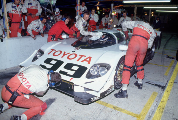 Daytona 24 hours, Florida, USA. 1st - 2nd February 1992.Juan-Manuel Fangio II/Andy Wallace/Kenny Acheson (Eagle MkIII Toyota), 11th position, pit stop action. World Copyright: LAT PhotographicRef: 92IMSADAY09