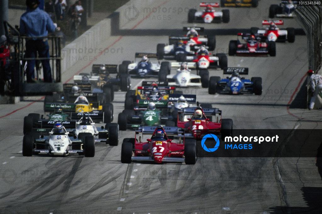 Patrick Tambay, Ferrari 126C2B, leads from Keke Rosberg, Williams FW08C Ford, Jacques Laffite, Williams FW08C Ford, and René Arnoux, Ferrari 126C2B, at the start.