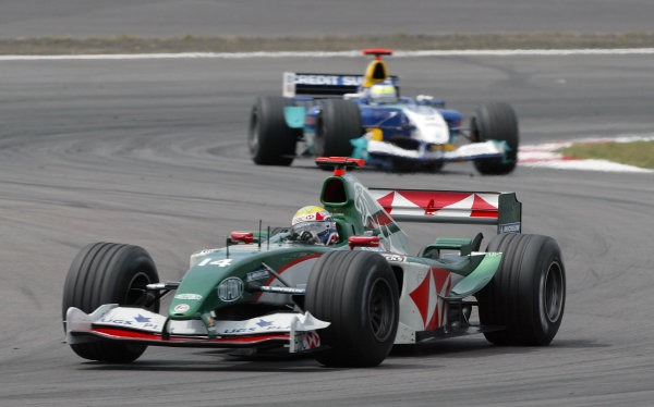 2004 European Grand Prix - Sunday Race,Nurburgring, Germany. 30th May 2004 Mark Webber, Jaguar R5, action.World Copyright: Steve Etherington/LAT Photographic ref: Digital Image Only