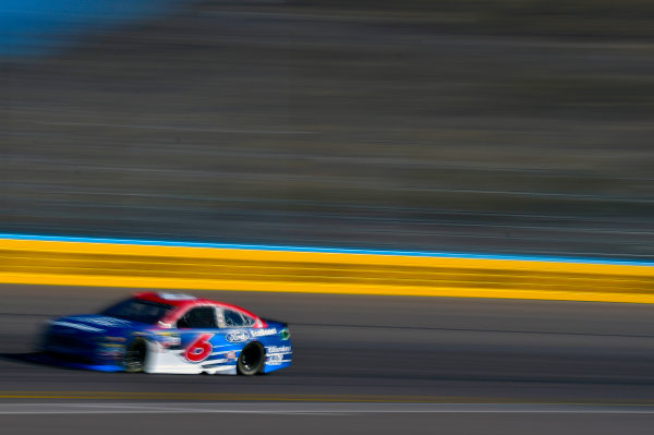 Monster Energy NASCAR Cup Series Can-Am 500 Phoenix Raceway, Avondale, AZ USA Saturday 11 November 2017 Trevor Bayne, Roush Fenway Racing, Ford EcoBoost Ford Fusion World Copyright: Nigel Kinrade LAT Images