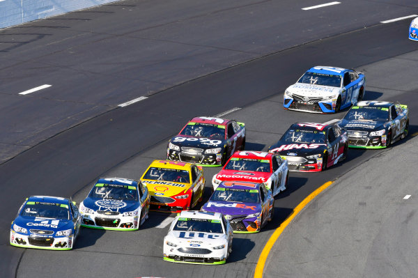 Monster Energy NASCAR Cup Series ISM Connect 300 New Hampshire Motor Speedway Loudon, NH USA Sunday 24 September 2017 Jamie McMurray, Chip Ganassi Racing, Cessna Chevrolet SS and Brad Keselowski, Team Penske, Miller Lite Ford Fusion World Copyright: Nigel Kinrade LAT Images