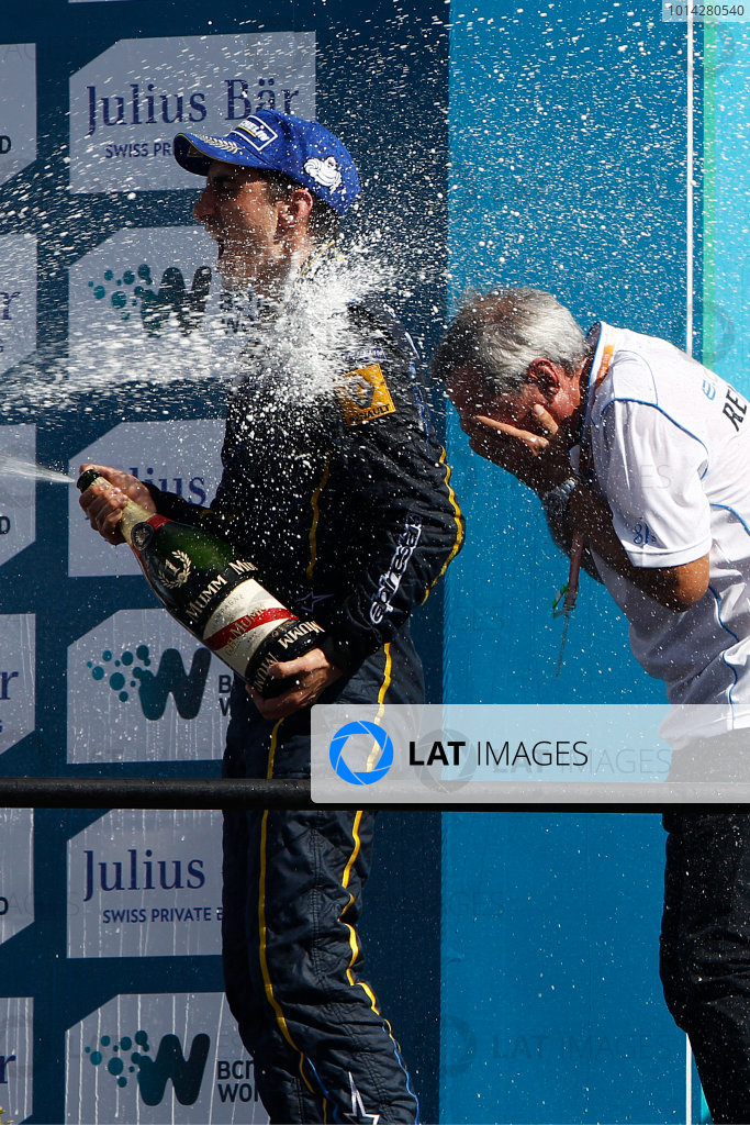 2014 Formula E  Punta Del Este e-Prix, Uruguay Saturday 13 December 2014. Sebastien Buemi (SWI)/E.dams Renault - Spark-Renault SRT_01E  Photo: Sam Bloxham/LAT/Formula E ref: Digital Image _G7C6200