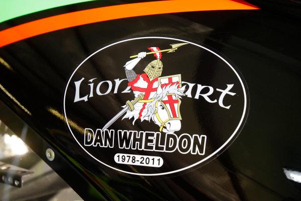 21-23 October, 2011, Talladega, Alabama USAMark Martin tribute decal for Dan Wheldon(c)2011, Lesley Ann MillerLAT Photo USA