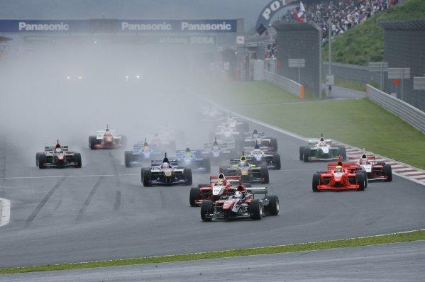 2006 Formula Nippon ChampionshipFuji, Japan. 26th - 27th August 2006Start of the race.World Copyright: Yasushi Ishihara / LAT Photographicref: Digital Image 2006FN_R6_001