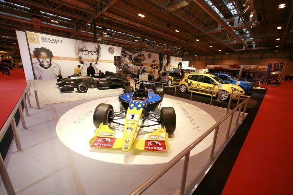 2007 Autosport International ShowNEC, Birmingham. 11th - 14th January 2007.World Series and Formula Renault cars on the Renault Sport stand.World Copyright: Malcolm Griffiths/LAT Photographicref: Digital Image _MG_5207